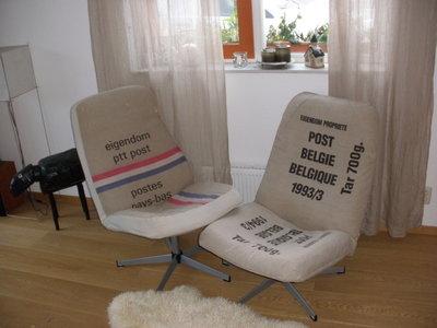 Post stoelen